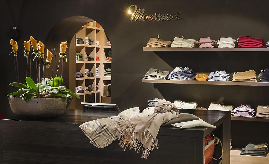 Showroom. Shop. Store.